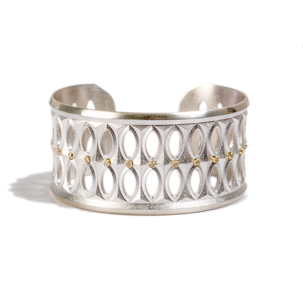 June Narrow Cuff with Diamonds