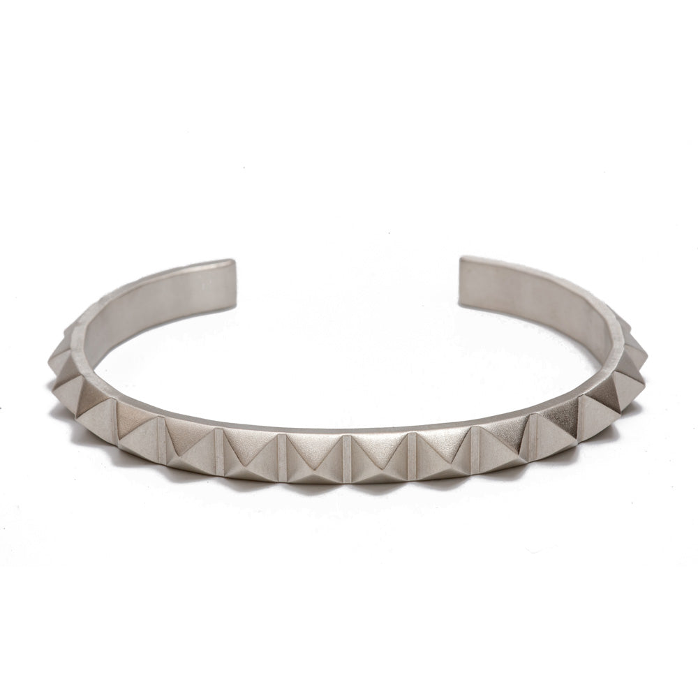 Maria Samora - Single Pyramid Cuff