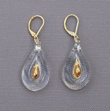 Load the image in the gallery, Simple golden heart earrings in Murano glass on MyTailorsAndCo