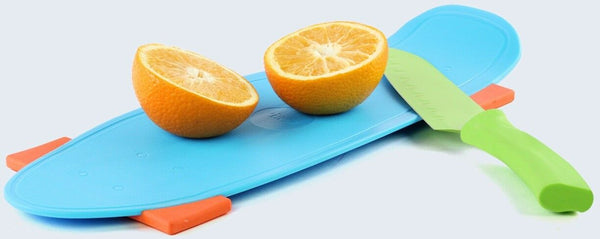 Skate Style Blue Chopping Board With Non Slip Feet Plastic Cutting Board