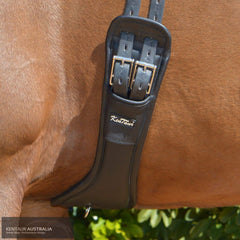 Kentaur Extra Soft Padova Dressage Girth on a horse