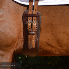 Kentaur Parma Dressage Girth on a horse