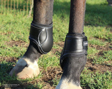 Load image into Gallery viewer, EquiFit Young Horse Hind Boots Jumping Boots