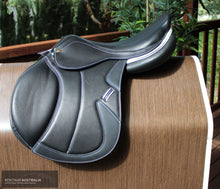 Load image into Gallery viewer, Kentaur Kronos Jumping Saddle Jumping Saddles
