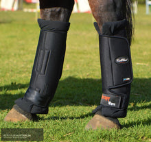 Load image into Gallery viewer, Kentaur 'magnetic Therapy Wave Pro' Hind Stable Boots