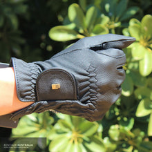 Load image into Gallery viewer, Roeckl Grip Gloves Gloves