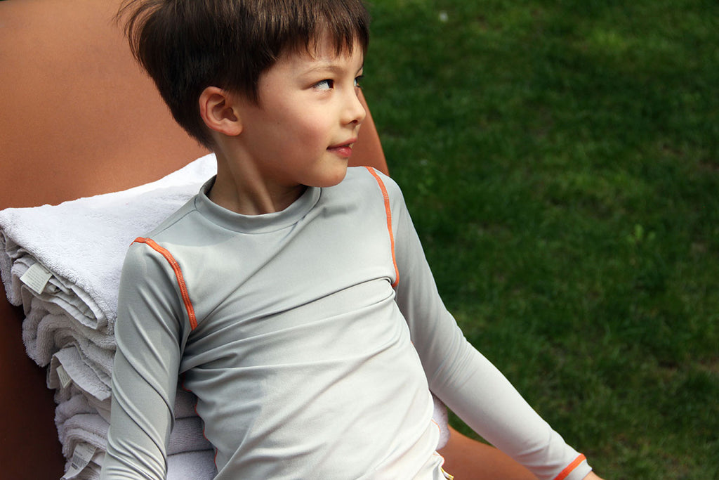 Boys Rashie rashguard grey sustainable kids rashguard Loop Swim