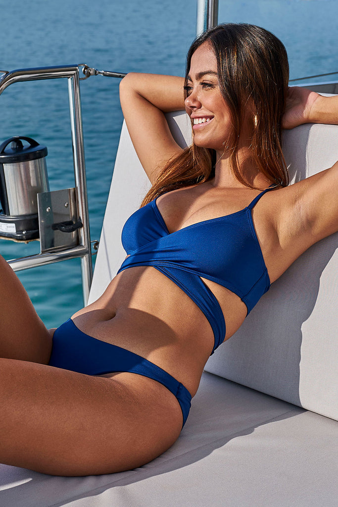 Sapphire Loop Bikini Top-bikini top dark blue sustainable swimsuit Loop Swim