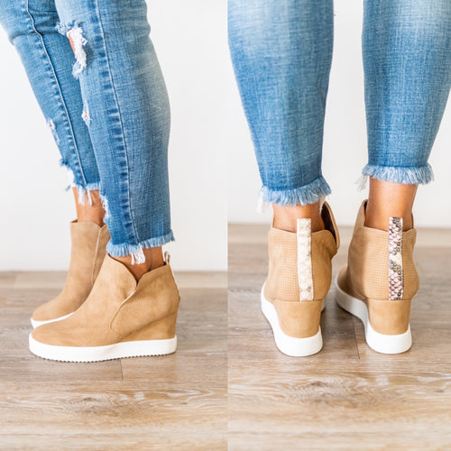 Like I Do Wedge Sneakers - Tan