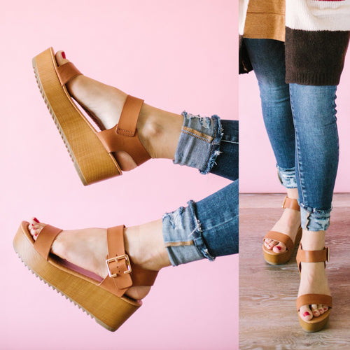 All Day Everyday Platform Sandals in Tan