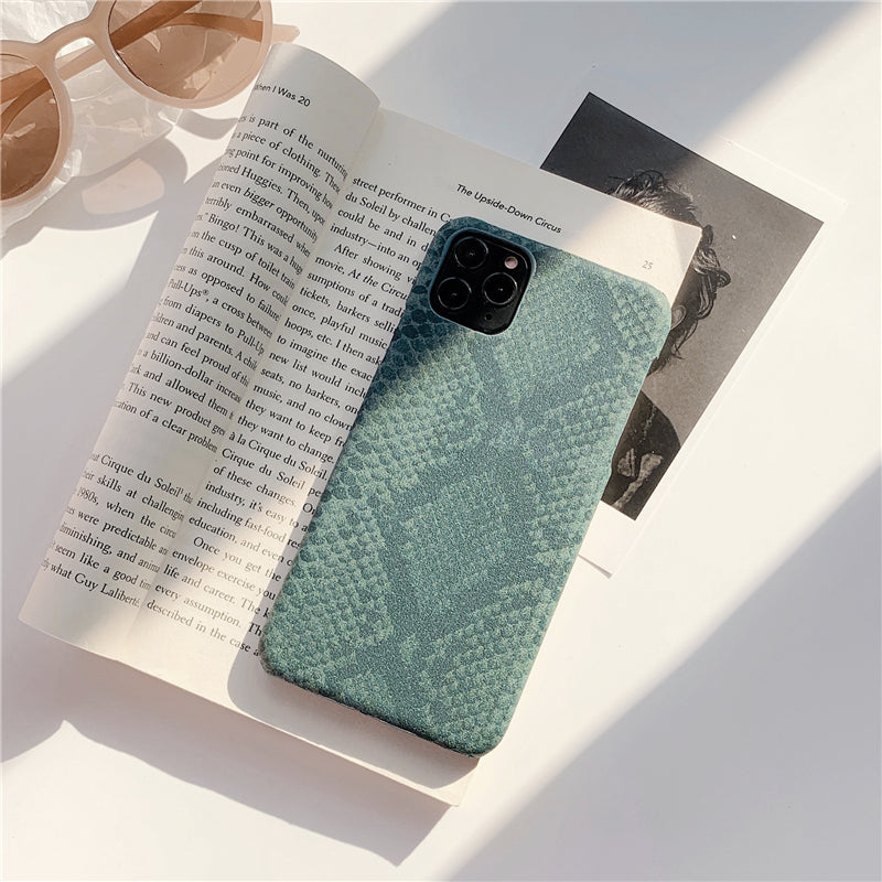 iPhone Snake Pattern Case | Xilo Gear