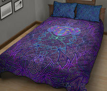 Load image into Gallery viewer, Violet Koala Quilt Bed Set