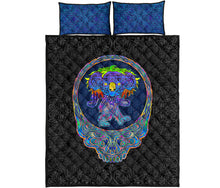 Load image into Gallery viewer, Dancing Koala Quilt Bed Set