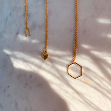 Load image into Gallery viewer, Amour Necklace