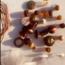 Load image into Gallery viewer, Lariat Kit in Amber