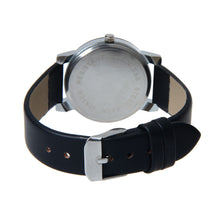 Load image into Gallery viewer, Simple design PU Leather Wristwatch for both Men and Women - Eve Merch