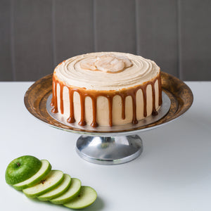 Apple & Caramel Cake