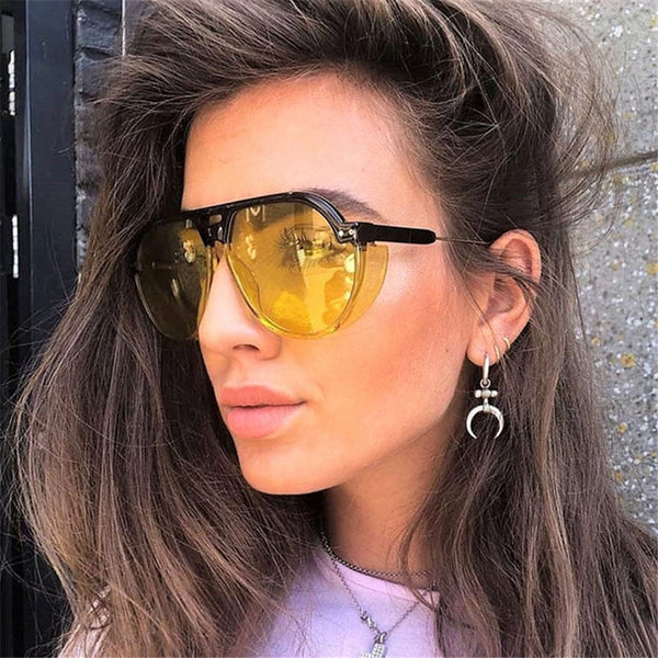 Stylish Vintage Transparent Sunglasses For Women-SunglassesTrendz