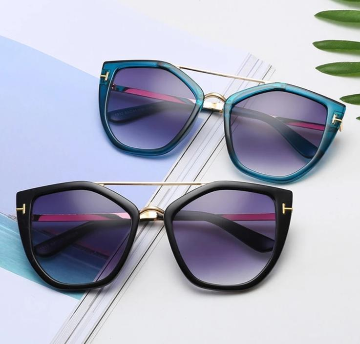 Stylish Vintage Sunglasses For Men And Women-SunglassesTrendz