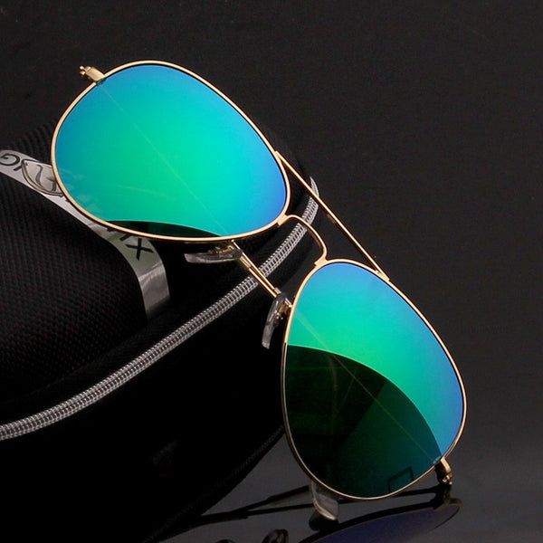 Premium Classic Aviator Sunglasses For Men And Women -SunglassesTrendz