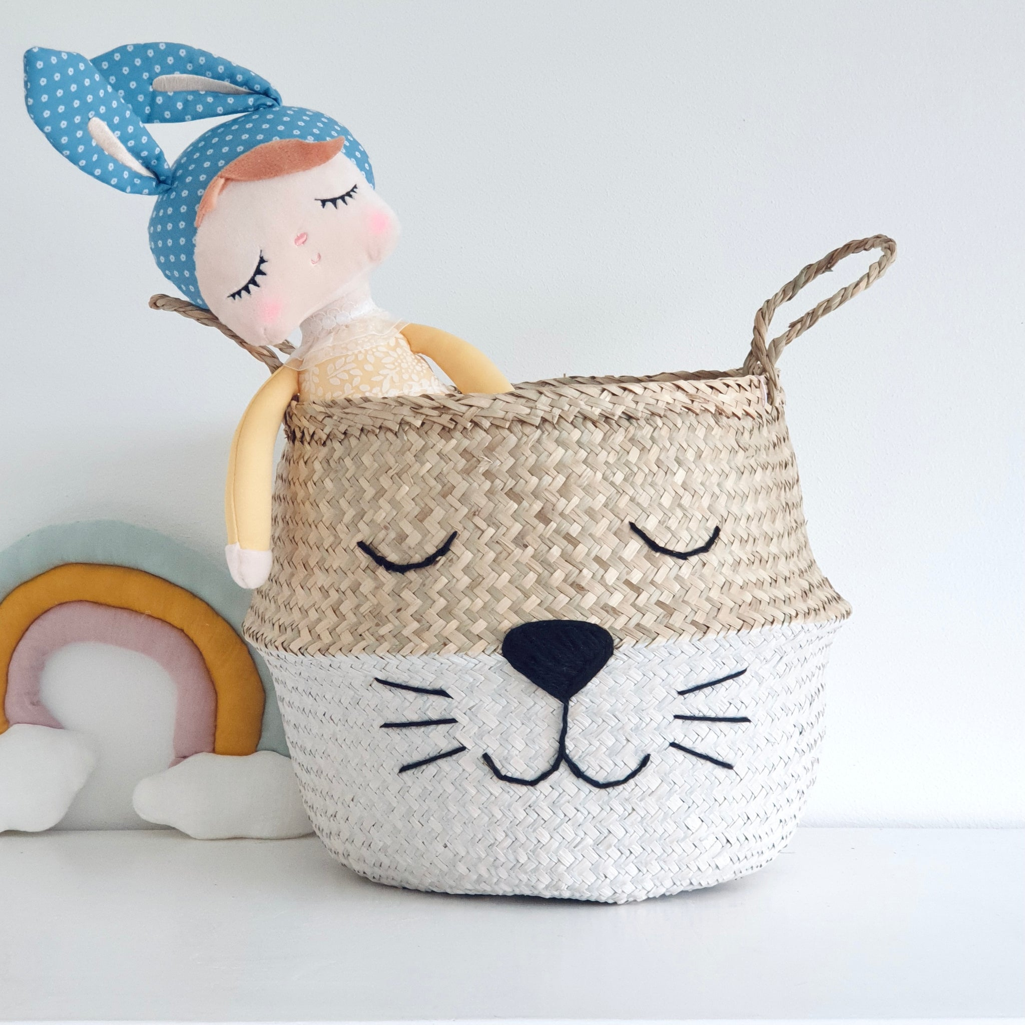 White Bottom Whiskers Basket - Large