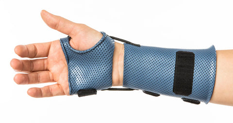 Consider the weight of the orthosis. If possible choose a lightweight material, such as Orfilight NS.
