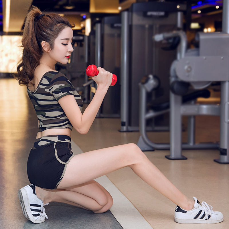 Spring/Summer 2019 New Yoga Suit Women's Fitness Suit Camouflage Short Sleeve Gym Running Wear Big Size