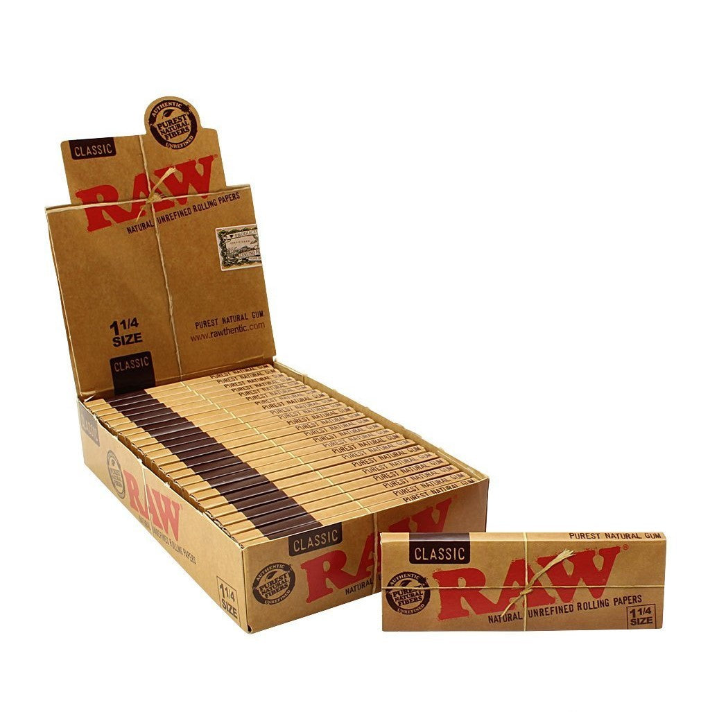 Raw Classic Rolling Papers 1 1/4 size - Glasss Station