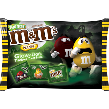 M&M'S Peanut Chocolate Glow in the Dark, Fun Size, 15oz