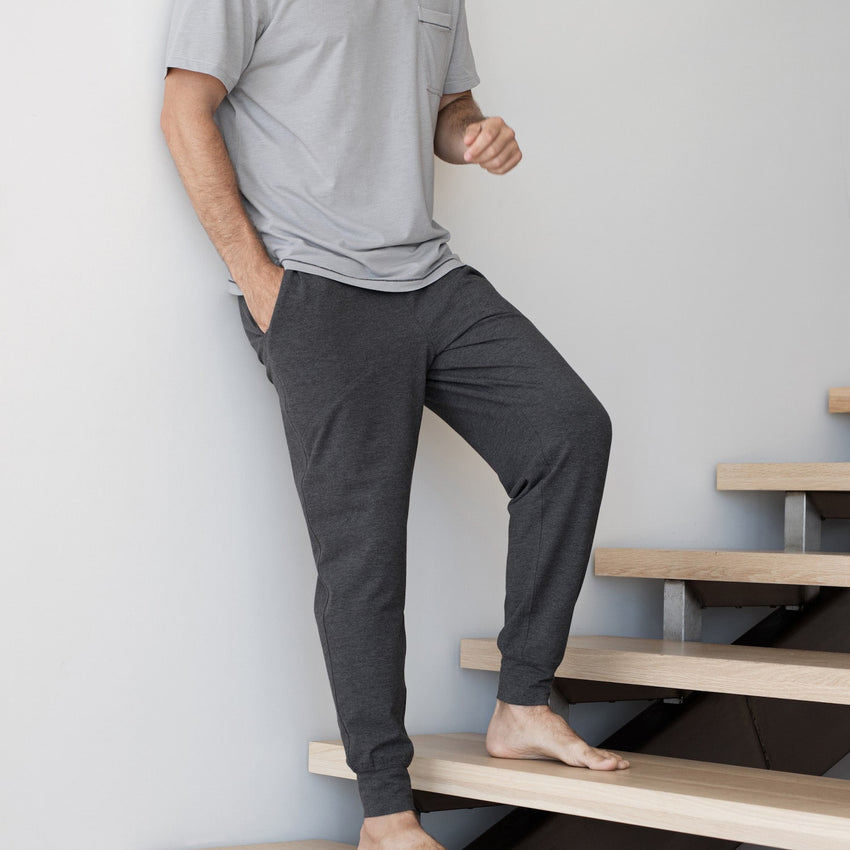 Main Image: Restore Jogger Charcoal / S