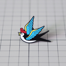 Load image into Gallery viewer, SWALLOW BIRD PIN
