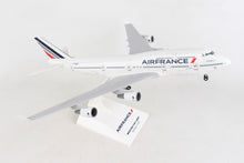 Load image into Gallery viewer, SKR1070 SKYMARKS AIR FRANCE 747-400 1/200 W/GEAR