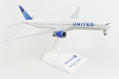 SKR1054 SKYMARKS UNITED 777-300 1/200 W/GEAR 2019 NEW LIVERY