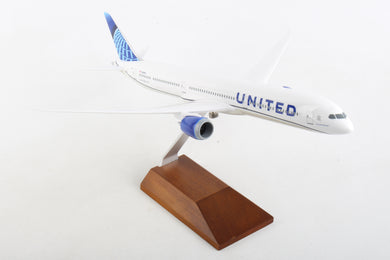 SKR5170 SKYMARKS UNITED 787-10 1/200 W/WOOD STAND NEW LIVERY 2019 - SkyMarks Models