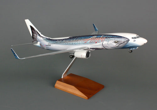 SKR8238 SKYMARKS ALASKA 737-800 1/100 SALMON THIRTY SALMON W/GEAR