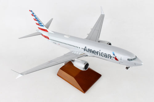 SKR8272 SKYMARKS SUPREME AMERICAN 737MAX8 1/100 W/WOOD STAND & GEAR - SkyMarks Models