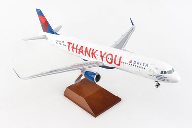 SKR8425 SKYMARKS DELTA A321 1/100 THANK YOU W/WOOD STAND & GEAR