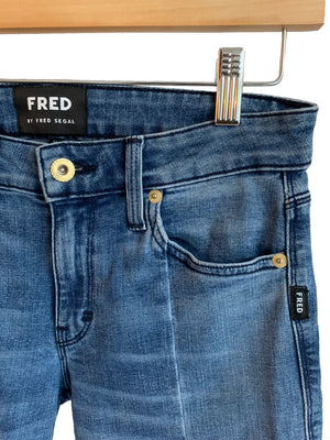 FRED by Fred Segal Cropped - Size 25