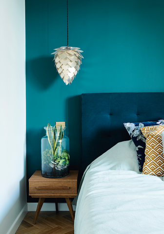 how to use bold colours for bedroom interior design