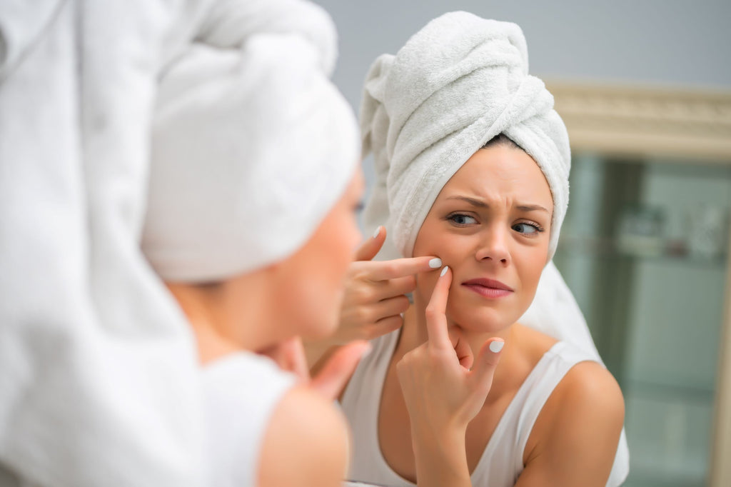 Why People With Acne & Sensitive Skin Should Stop Using Towels