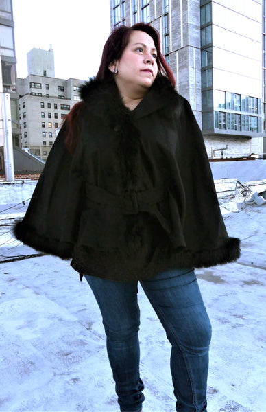 Mini Premium Alpaca Cape - Shawl - Black