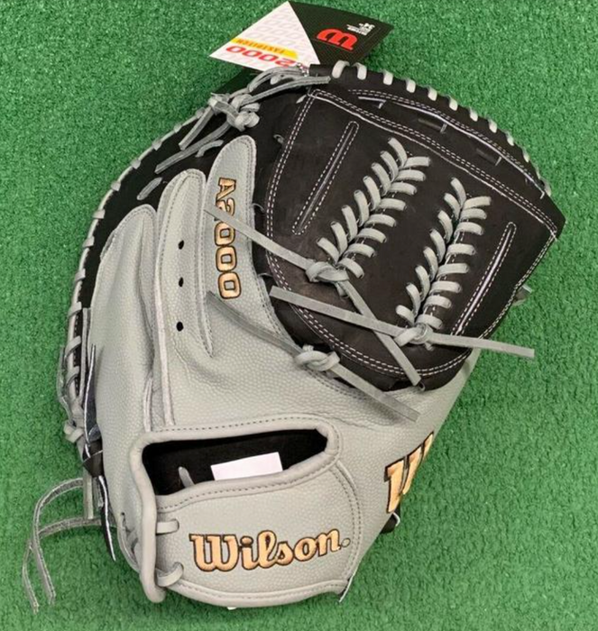 "Wilson 34"" A2000 CM2134 Fastpitch Catchers Mitt"