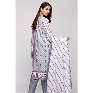 Gul Ahmed 3 PC Printed Lawn Suit CL-673 B