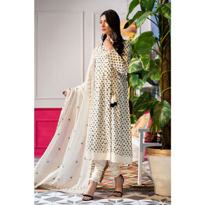 Embroidered Lawn Unstitched 3 Piece Suit CL-815