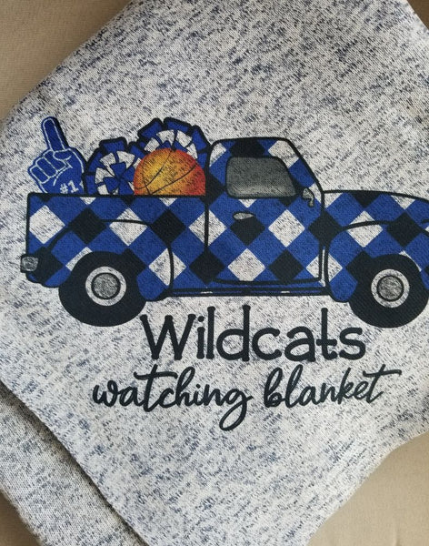 Kentucky Wildcats Watching Blanket