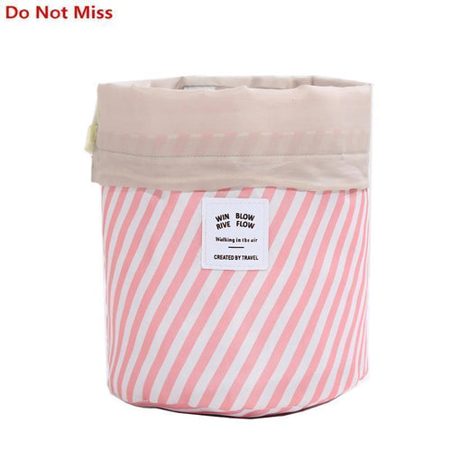 BloomVenus Women Travel Round Makeup Bag