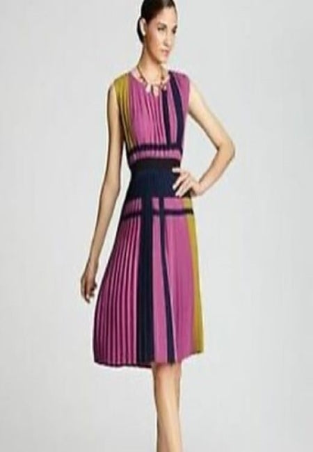 BCBG MaxAzria 'Arleney' pleated color block dress Size Medium
