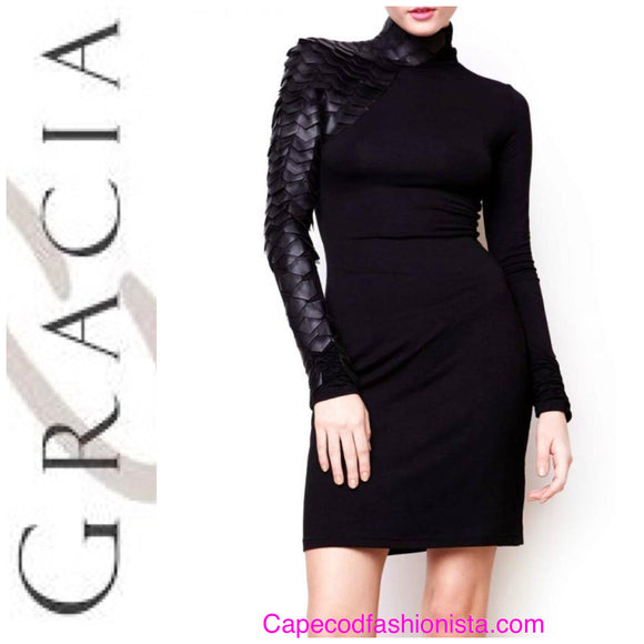 Gracia - Faux Leather Scale Detailed Bodycon Dress