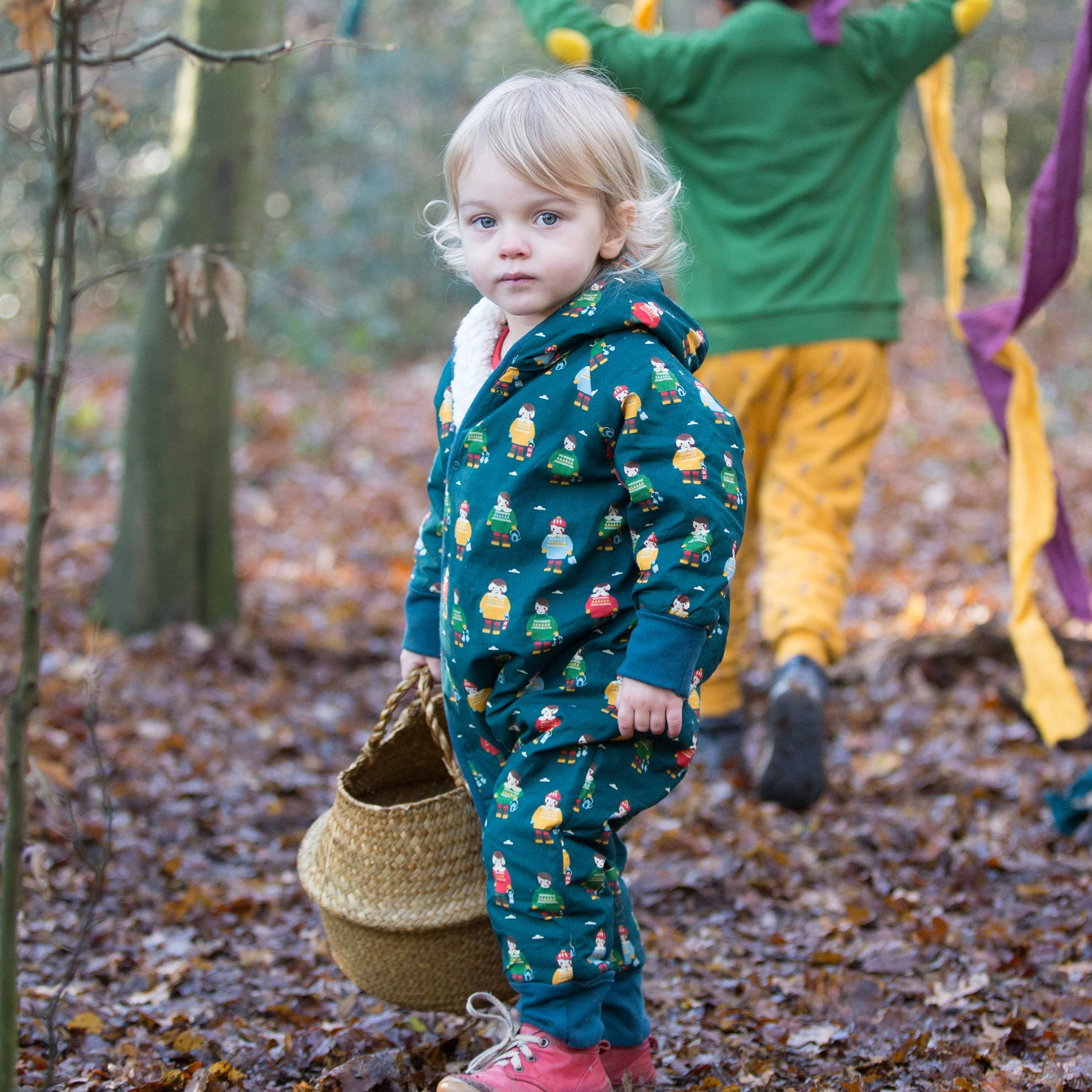 A20 857 A definitive guide to the 20 best sustainable clothing brands for children