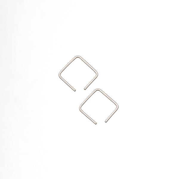 Cube Wire Earrings M